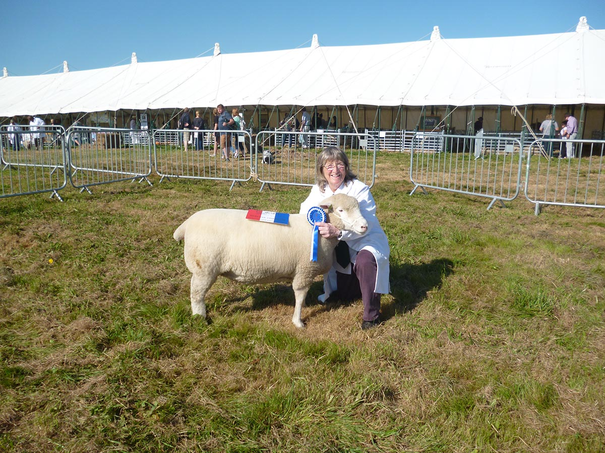 Sue Elsworth with the Reserve Champion