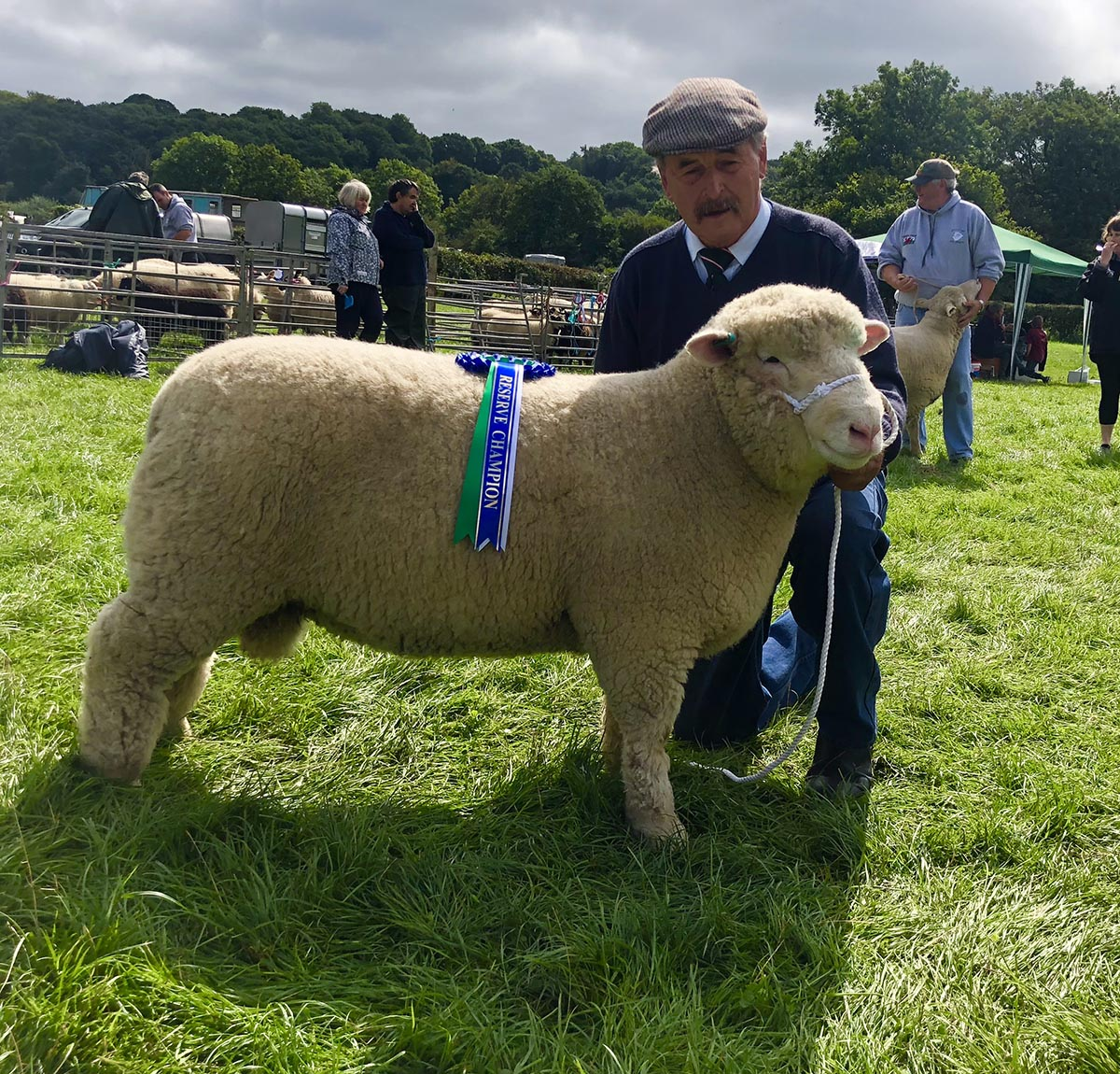 John Thomas with the Reserve Champion